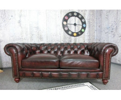 (2904) UNO Chesterfield...